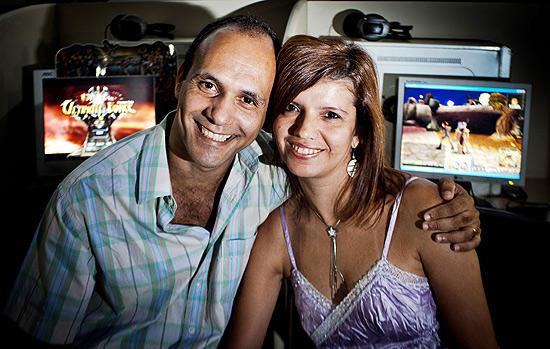 Alexandre e Elisângela, casal que reatou o relacionamento depois de reencontro em jogo de RPG on-line