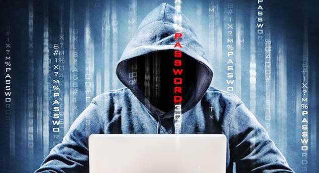 Hacker que mira sites racistas e homofóbicos promete mega-ataque no Dia das Bruxas