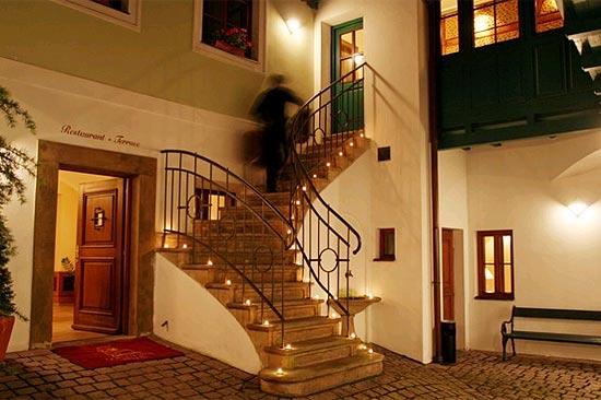 Hotel Golden Well, em Praga, que é o primeiro colocado em votação do TripAdvisor