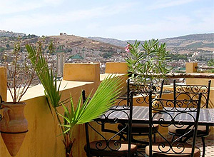 Hotel Riad le Calife, em Fes, segunda maior cidade marroquina; é o terceiro colocado em ranking do site TripAdvisor