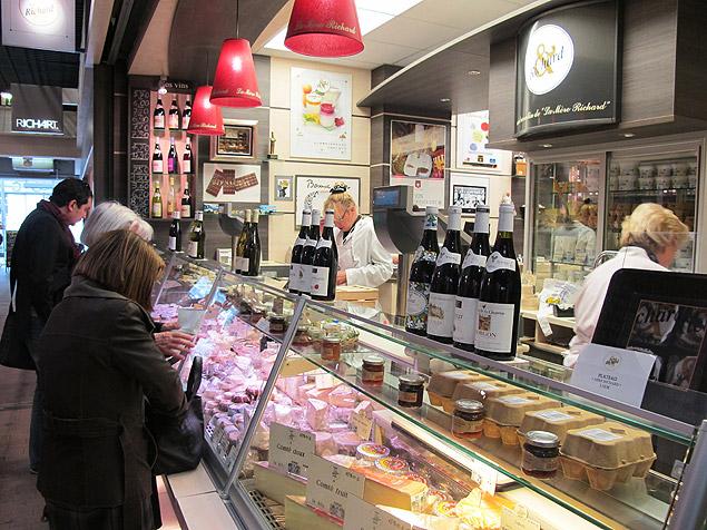 Banca do Marché Les Halles Paul Bocuse, em Lyon