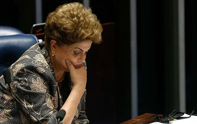 Dilma faz sua defesa diante dos senadores na segunda, 29. Petista é condenada por 61 votos a 20; Temer assume cargo definitivamnte