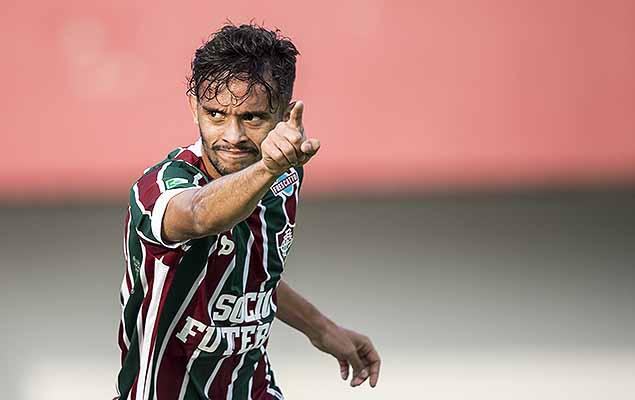 Gustavo Scarpa comemora gol durante Fluminense X Figueirense pela 18ª rodada do Campeonato Brasileiro, serie A, realizado no Estádio Giulite Coutinho no Rio de Janeiro, RJ.