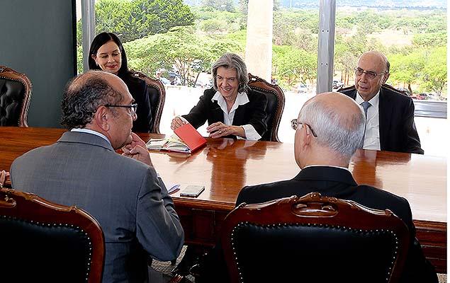 Cármen Lúcia se reúne com presidentes dos tribunais de Justiça dos estados, Henrique Meirelles (Fazenda) e Gilmar Mendes (TSE)