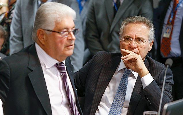 Os senadores Roberto Requião (relator) e Renan Calheiros em sessão do CCJ do Senado que discute lei de abuso de autoridade