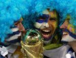 Os torcedores uruguaios querem que sua seleção conquiste o tri mundial