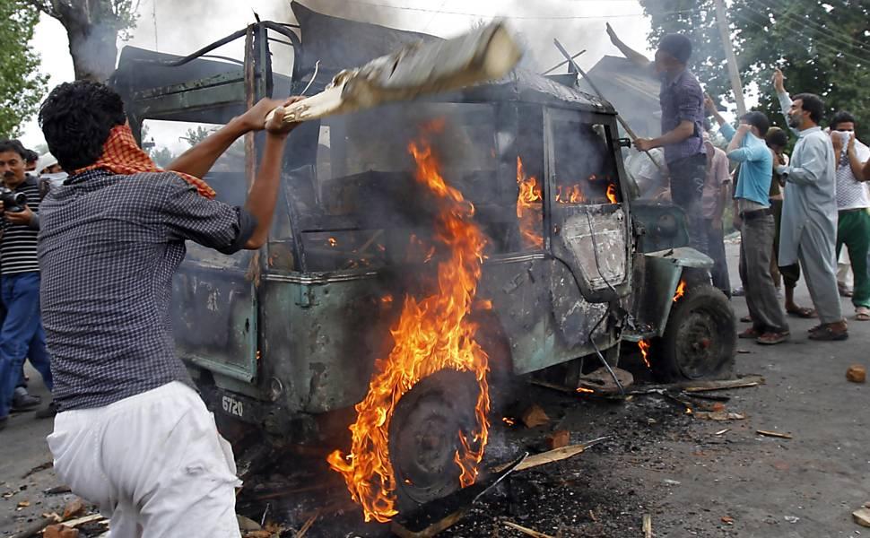 Confrontos na Caxemira