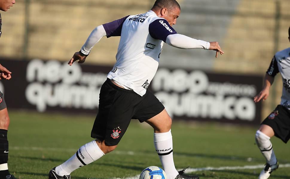 Ronaldo treina no Corinthians