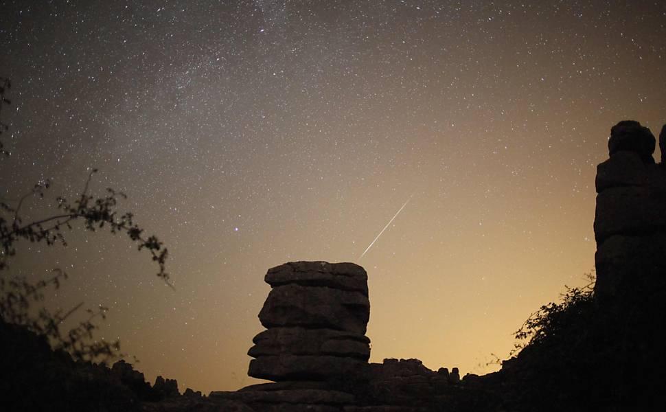 Chuva de meteoros dá espetáculo no hemisfério Norte