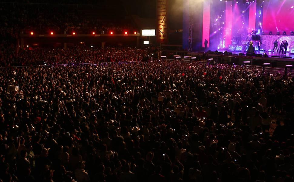 Mariah Carey se apresenta na Festa do Peão de Barretos (SP)