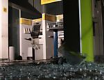Criminosos incendiaram na madrugada de hoje caixa eletrônico de agência bancária no Tatuapé, na zona leste de São Paulo