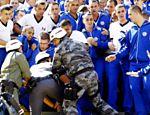 Polícia Militar faz uma simulação de tumulto no estádio do Pacaembu, em São Paulo, durante treinamento visando a Copa-2014