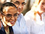 A candidata do PV à Presidência, Marina Silva, assinou um termo de compromisso com o Conanda (Conselho Nacional dos Direitos da Criança e do Adolescente) em São Paulo