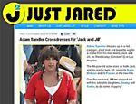 O ator Adam Sandler foi fotografado vestido de mulher nas gravações de seu novo filme,