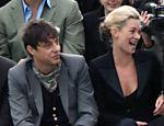 A top model Kate Moss se casou em segredo na Itália com o roqueiro Jamie Hince, do Kills <a href=