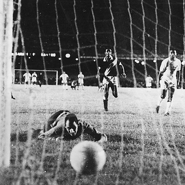 Taça Brasil e Roberto Gomes Pedrosa