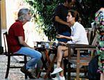 Paloma Duarte toma café com ex-marido Oswaldo Montenegro <a href=