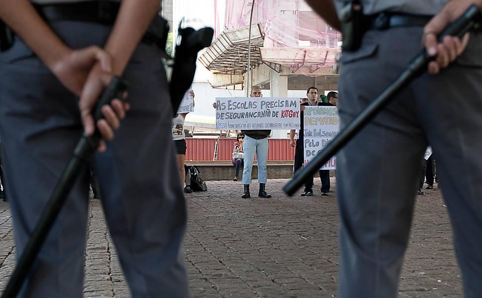 Manifesta��o pr� e contra Jair Bolsonaro