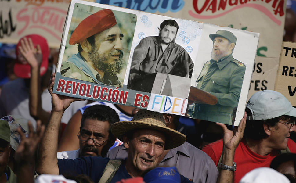 Desfile militar em Cuba