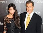 Ex-namorada de Mel Gibson retira queixa de agressão na Justiça <b><a href=