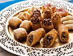 Doces tradicionais do restaurante Arabia, vencedor Árabe na opinião do júri <a href=