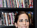 Em Salvador, Glória Pires participa do lançamento da sua biografia, escrita por Nassife e Fabretti