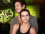 Junto do namorado João Vicente, Cleo vai a festa de aniversário do empresário André Almada, na boate Club A, em São Paulo
