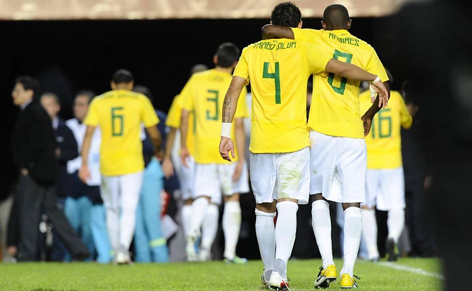 Melhores imagens de Brasil 3 x 0 Paraguai - Jornal O Globo