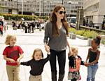 Angelina e as crianças