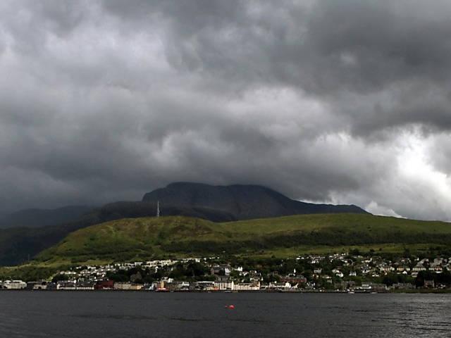 Britânicos fotografam beleza das nuvens no verão