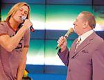 Becker canta no programa de Raul Gil, da Record