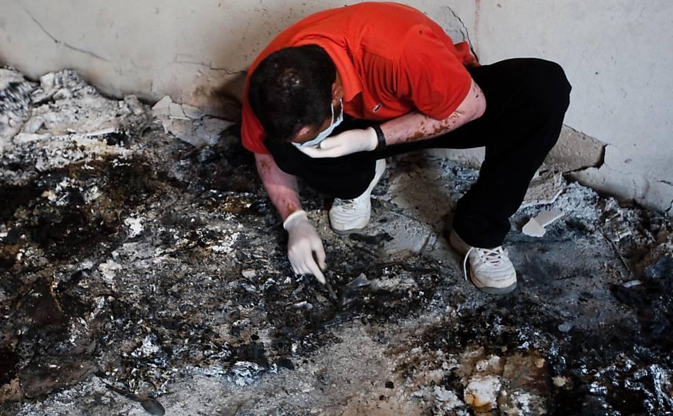 Repórter-fotográfico da Folha registra crise na Líbia em 2011