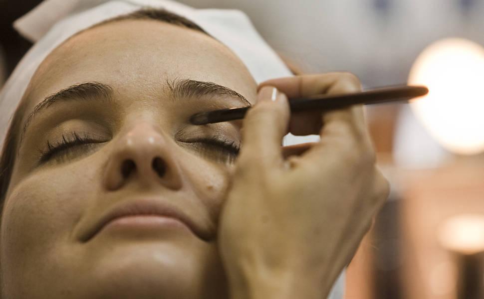 Maquiagem Corporativa