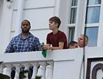 Justin Bieber na sacada do hotel Copacabana Palace, no Rio de Janeiro <a href=