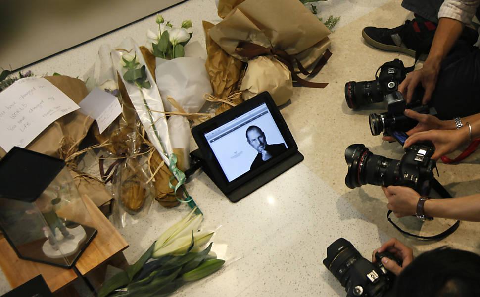 Homenagem a Steve Jobs pelo mundo
