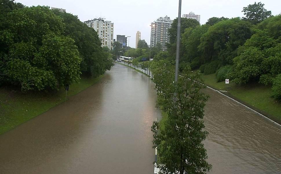 Obra antienchente em Porto Alegre