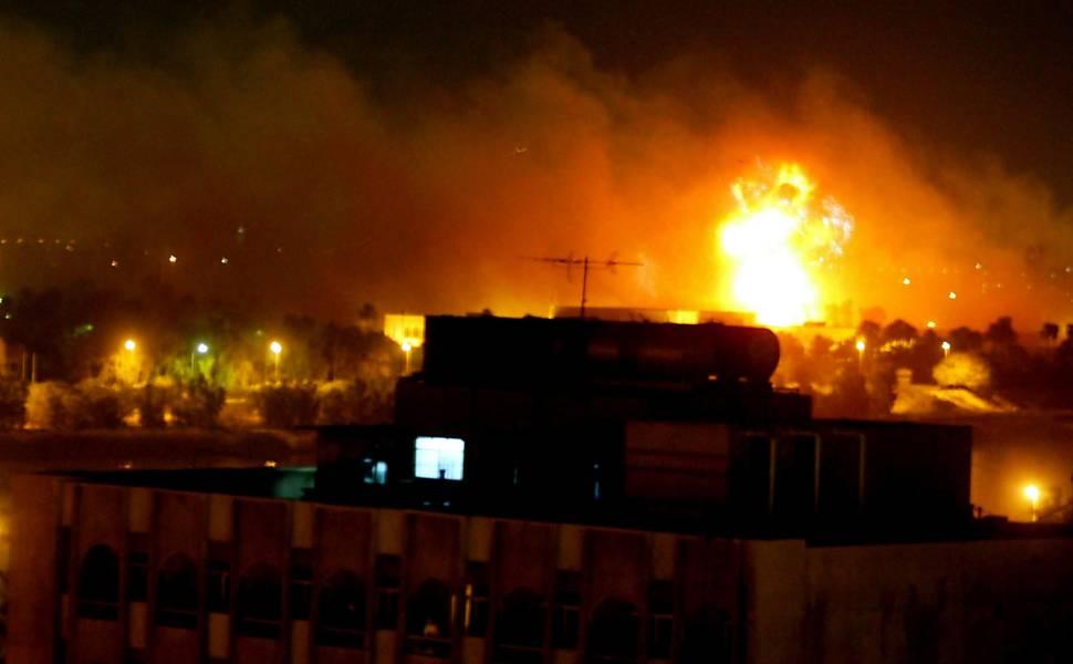 Repórter-fotográfico da Folha registra Guerra do Iraque