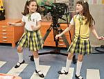 Maisa como Valéria Ferreira, e Larissa Manoela, atriz que faz Maria Joaquina, na gravação da novela 'Carrossel', do SBT