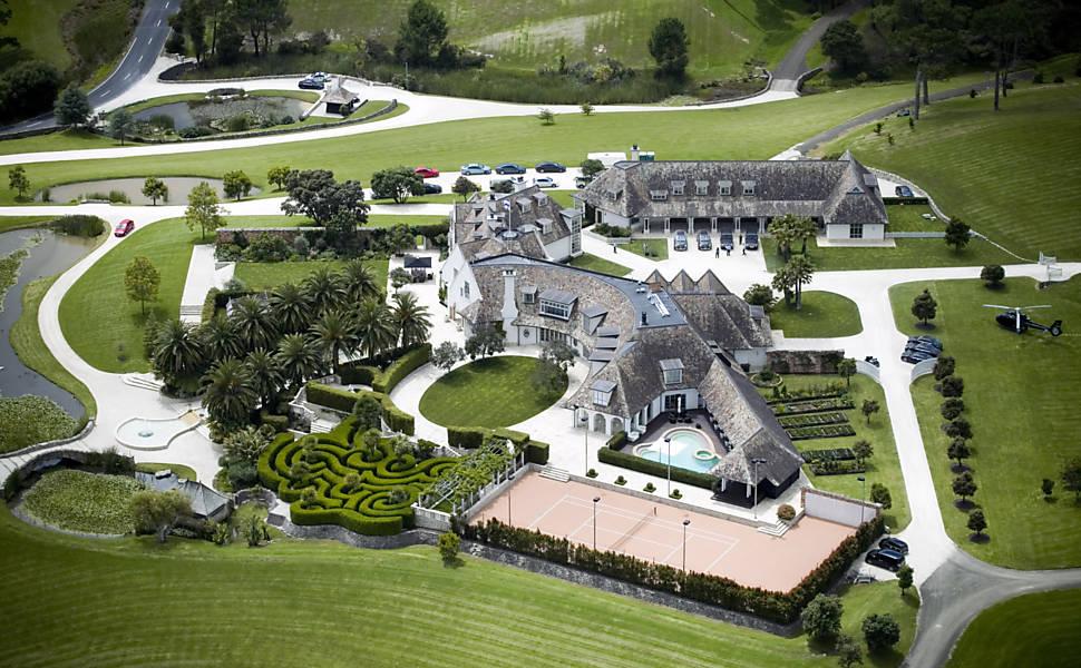 Veja casa do dono do Megaupload.com