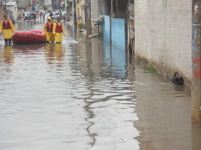 Enchente na Vila Itaim