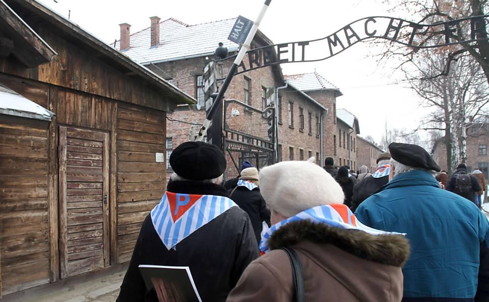 Homenagens às vítimas do Holocausto