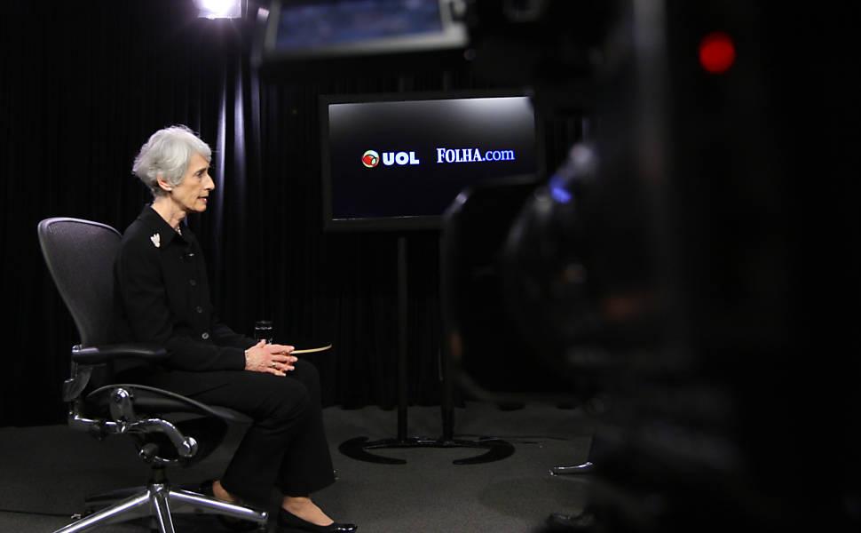"Wendy Sherman no programa ""Poder e Política"""
