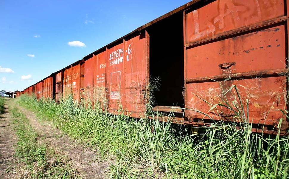 Ferrovias abandonadas