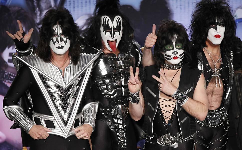 Kiss e Mötley Crüe anunciam turnê em coletiva