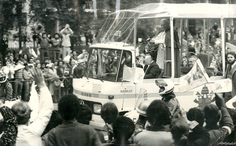Primeira visita do papa João Paulo 2º aoBrasil
