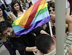 Ex-república soviética registra repressão de religiosos e do governo contra homossexuais e transexuais