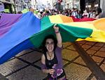 Manifestantes protestaram contra a discriminação de homossexuais, bissexuais e transexuais nesta quinta