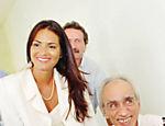 Com o sociólogo Herbert de Souza, o Betinho, participa da inauguração de projeto da Ação da Cidadania