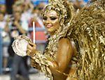 Viviane Araújo no desfile das campeãs como rainha de bateria do Salgueiro