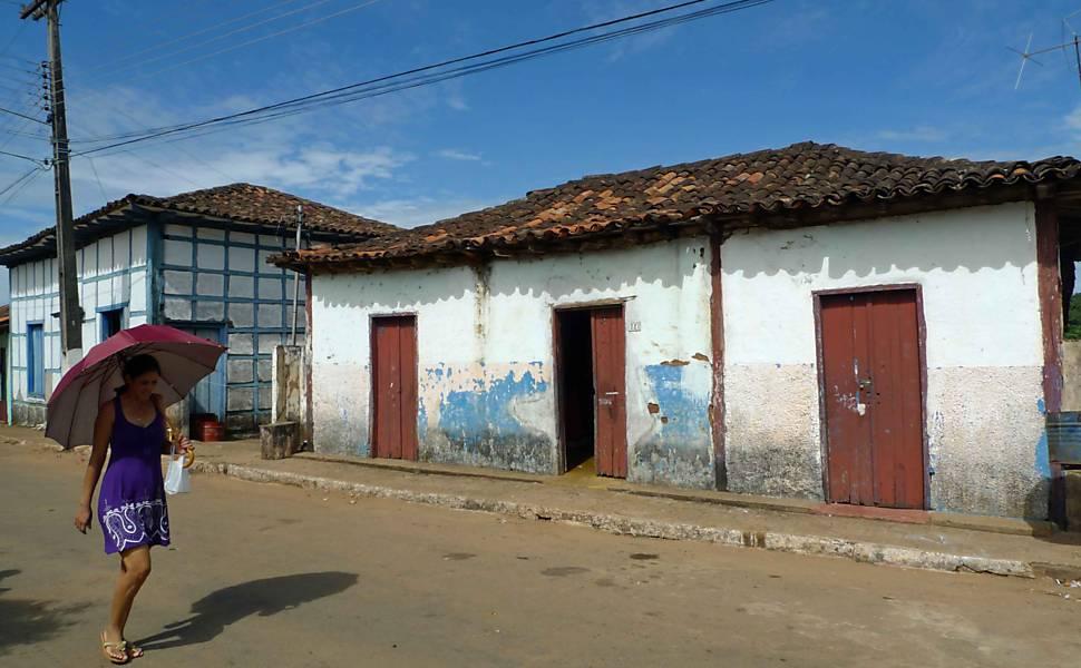 Cidade goiana de 1741 volta a explorar ouro